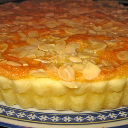 Crostata with apple filling and slivered almonds