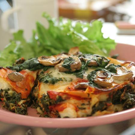 Vegan mushroom and spinach lasagna