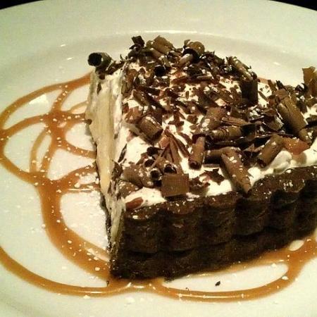 Black Bottom White Chocolate Banana Cream Pie