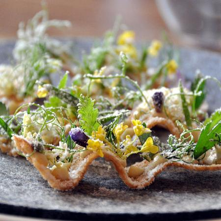 Toast with turbot eggs, herbs and vinegar dust