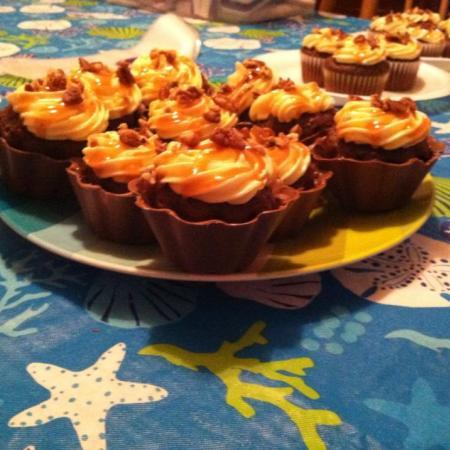 Chocolate Turtle Cupcake