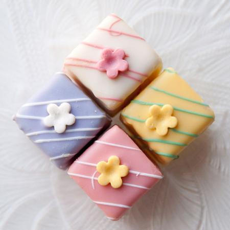 Variety of Easter petits