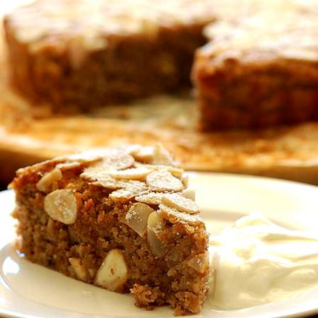 Supermoist Banana and Almond Cake