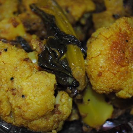 Jungli Gobi Curry