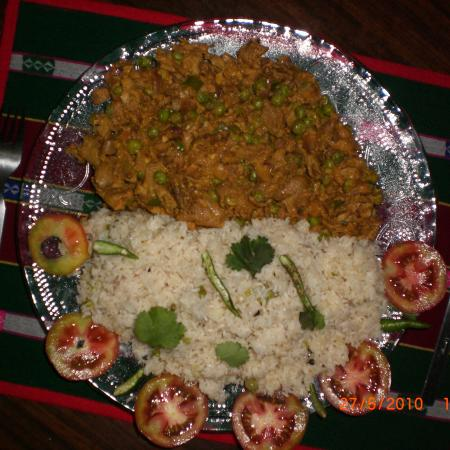 Mattar Mushroom With Butter Rice