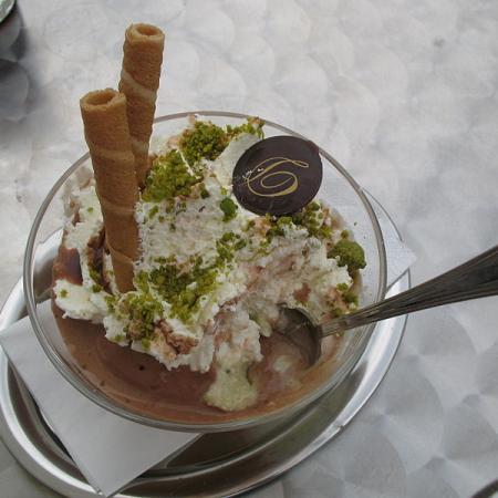 Pistachio and ice cream