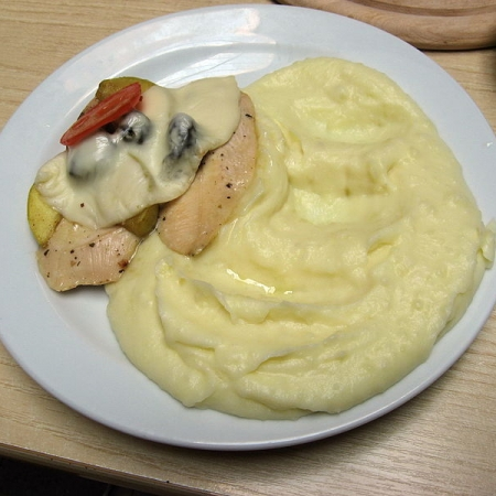 Chicken steak and mashed potatoes