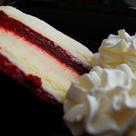 Red velvety cheesecake