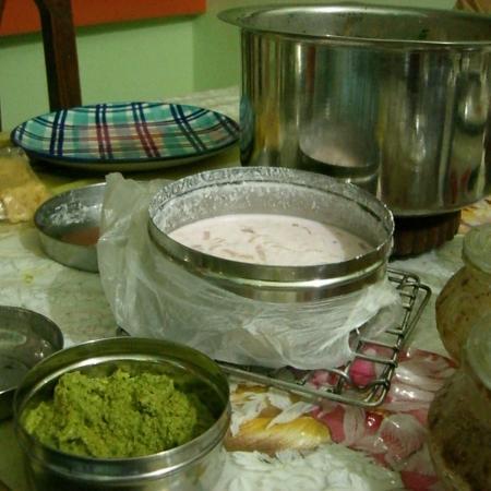 Coconut Chutney And Raita