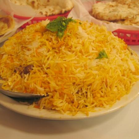 Pakistani Foods & Arrangement Of Pakistani Marriages
