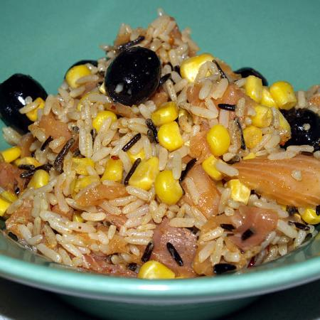 Rissalat with smoked salmon, asparagus and corn