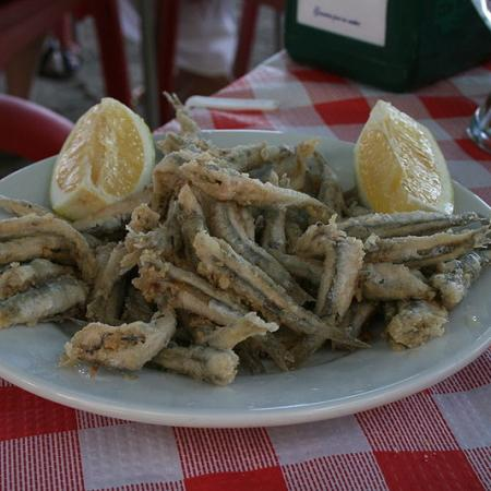 Simple Fried Anchovies