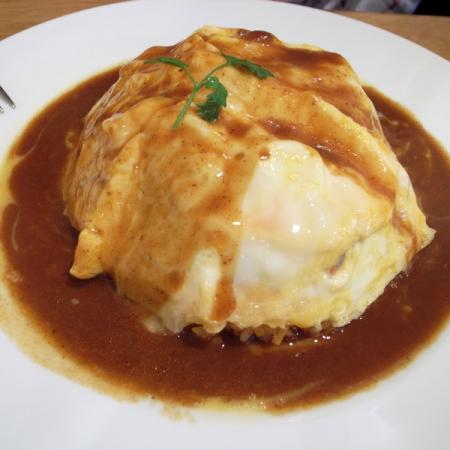 Omurice with coddled omelette