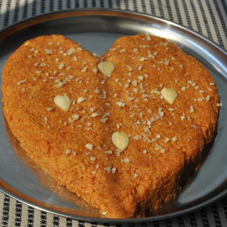 Valentine's Day Gajar Ka Halwa (Carrot Pudding)