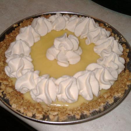 Banana cream pie with whipped cream