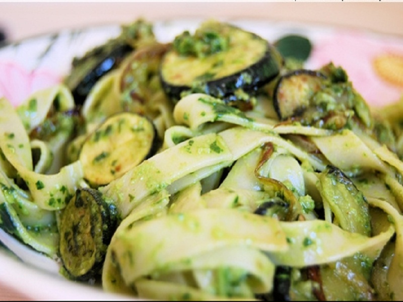 Tagliatelle with Zucchini and Basil picture