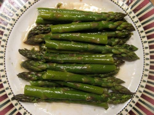 Tender Asparagus Spears With Garlic Mustard picture