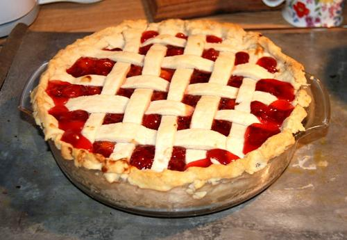 Microwave Cooked Cherry Pie picture