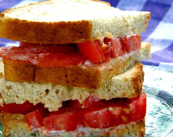 Herbed Bread With Tomatoes picture