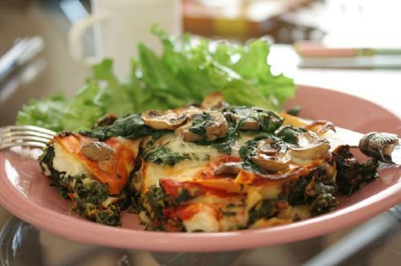 Vegetable Lasagna with Mushroom Sauce picture