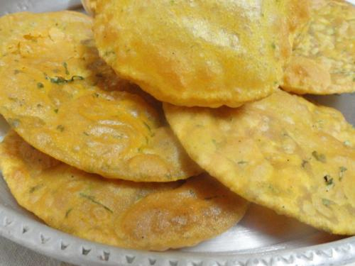 Wheat Flour Masala Puri picture