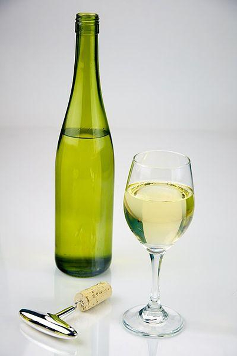 Hatcher's Dry White Wine picture
