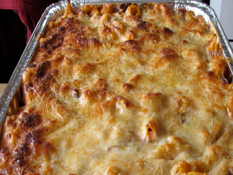 Wisconsin Cheese Pasta Casserole picture
