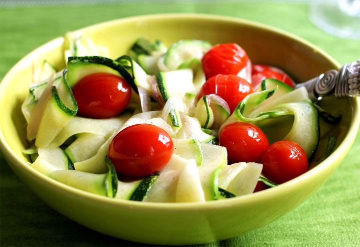 Steamed Zucchini With Tomatoes picture